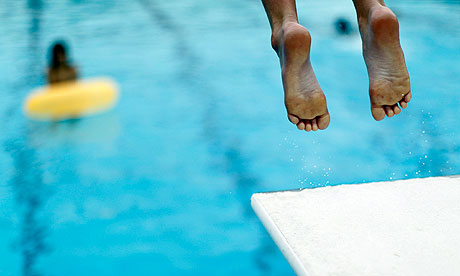 diving board feet2
