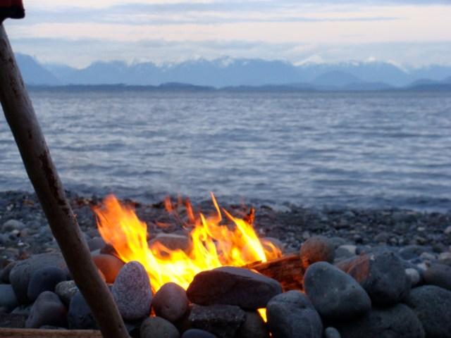 beach-fire