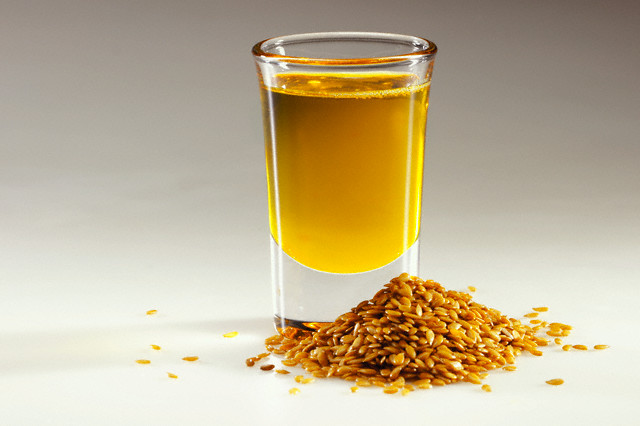 Six health benefits of flax seed oil