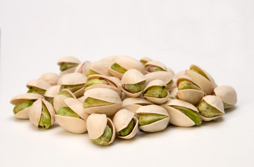 Pop a pistachio to lose weight