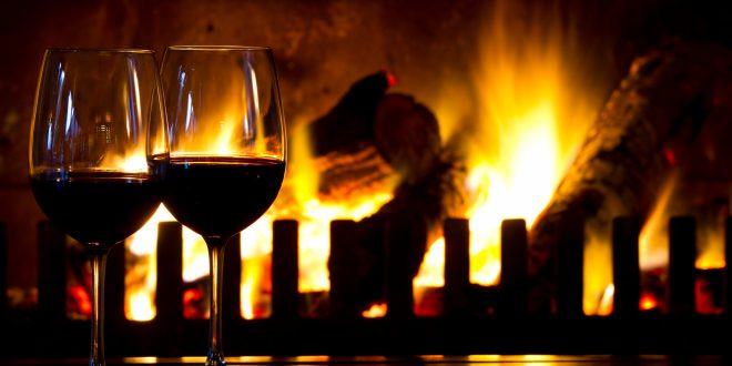 www.lifeandsoullifestyle.com – Christmas wine Picks