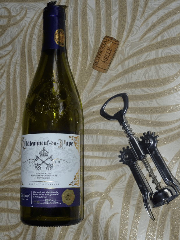 www.lifeandsoullifestyle.com – Christmas wine review