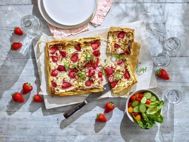 www.lifeandsoullifestyle.com – strawberry tart recipe