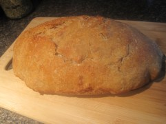 yet, it turned out to be just great, thanks to oven spring. there has been a noticable expansion of the dough (both the length and the height); very pleasing :)