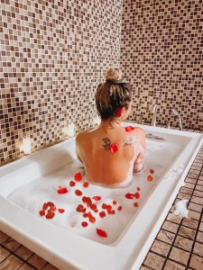 Island Spa & Sauna | Life as Leah | Rose Petal Bath