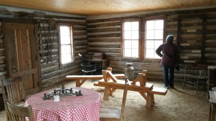 bobcat-ridge-cabin-int-2