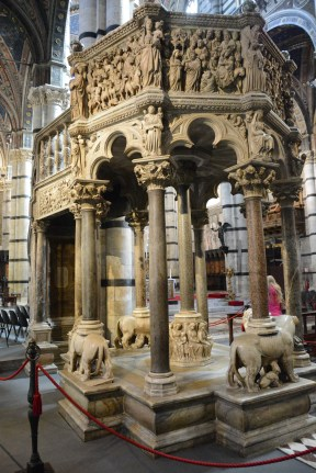 Pulpit of Carrera marble