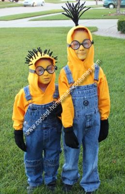 coolest-homemade-minions-costume-21417104