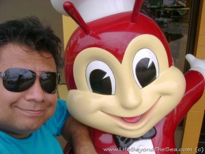 'Jollibee' - An American's Food Review