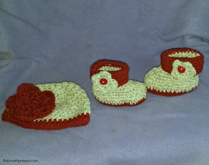 baby, niece, family, diy, crafts, crochet, booties, hat, flower