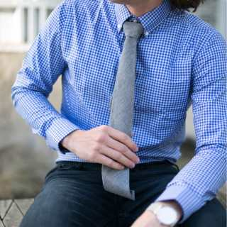 Blue Button Up Dress Shirt - Grey Chambray Tie and Jeans