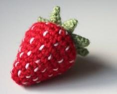 crochet-strawberry