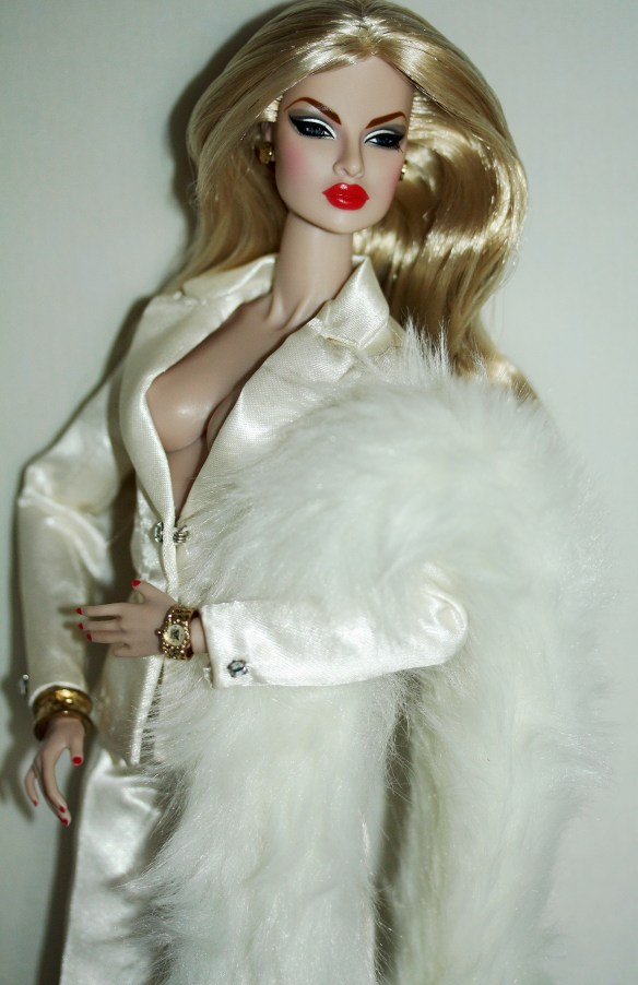 Cold Shoulder Eugenia in Le Smoking Adele fashion