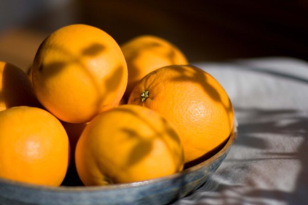 Oranges with a recipe for Orange Marmalade & Candied Orange Peel