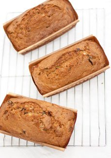 Vanilla scented zucchini date bread | Life Currents