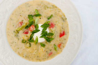 Baked Potato Soup with Broccoli and Red Pepper   Life Currents https://lifecurrentsblog.com