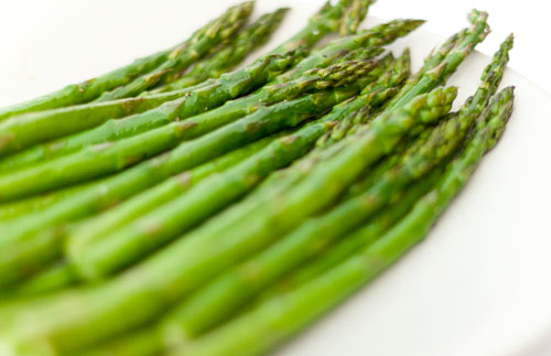 bright green cooked asparagus