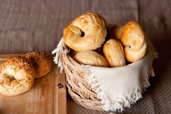 egg bagels in a basket