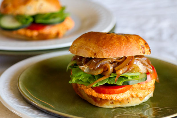 A Vegetarian delight, my A Vegetarian delight, my Roasted Red Pepper Hummus Sandwich with Caramelized Onions is the perfect lunch! Life Currents https://lifecurrentsblog.com #sandwich #vegetarian #sammie #hummus #delight #onions #yummy #lunch is the perfect lunch! Life Currents #sandwich #vegetarian #sammie #hummus #delight #onions #yummy #lunch