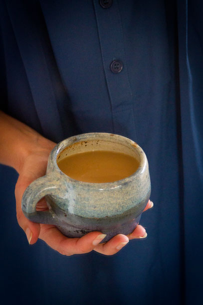 A recipe for Chai Tea concentrate as well as a recipe for a Dirty Chai Bourbon Cocktail Life Currents  https://lifecurrentsblog.com  #chaiTea #cocktail #drink