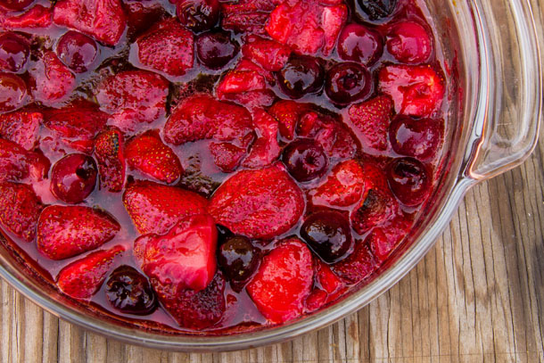 berries in a glass pan