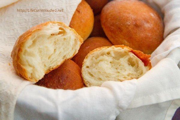 Homemade Fresh Buttermilk Dinner Rolls https://lifecurrentsblog.com