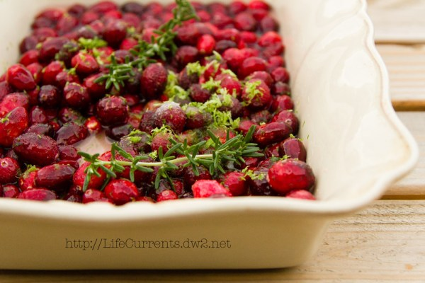 Simple Roasted Cranberry Sauce | Life Currents