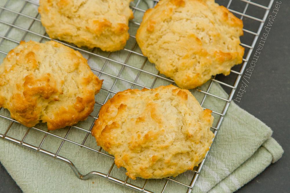 Fresh Buttermilk Biscuits   Life Currents #biscuits #homemade #buttermilk #unprocessed #fresh