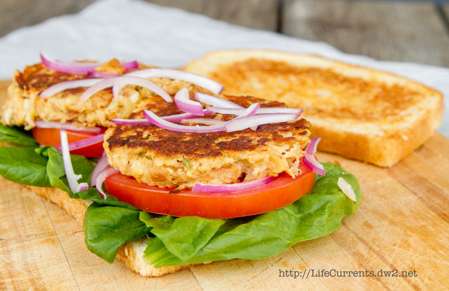 Island Trollers Tuna Cake Sandwiches on Toasted Parmesan Sourdough https://lifecurrentsblog.com #seafood #sustainable #tuna