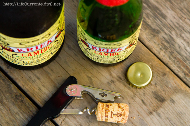 Lambic Ice Cream Float | Life Currents #dessert #iceCream #beverage #beer https://lifecurrentsblog.com