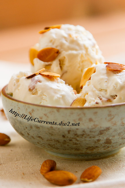 Almond Nougat Ice Cream doesn't require an ice cream machine, and is filled with almond flavor in a delicious sweet cream base! https://lifecurrentsblog.com