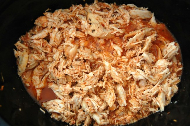 Easy Crock Pot (Slow Cooker) Meals - Slow Cooker Pulled Chicken Parmesan