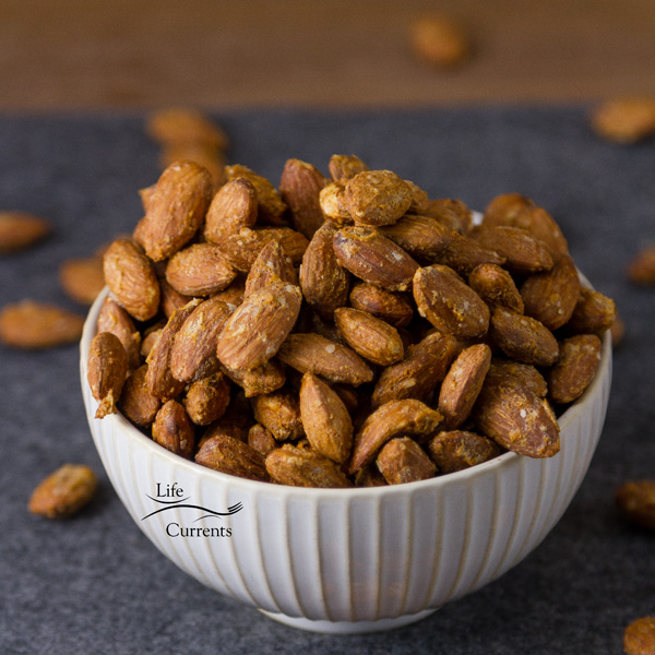 Smoked Garlic Almonds with a nice salty touch. Simple food, really. Delicious food, definitely. These are naturally vegan and gluten free. Also, these fit in a keto, Paleo, or low carb diet.
