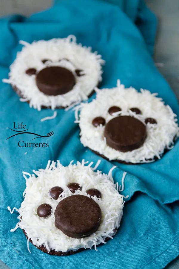 Polar Bear Paw Cookies - The kids will love to help, and everyone will be happy with these cute handmade treats.