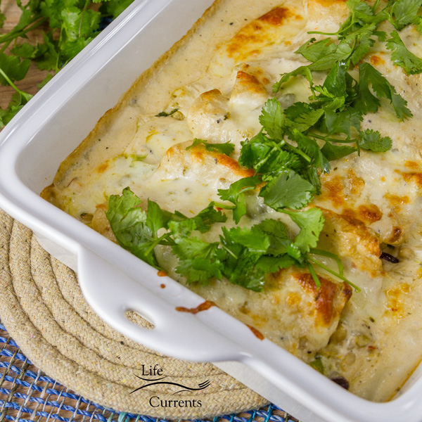 Creamy Verde Fiesta Enchiladas come together very quickly, and are so yummy.