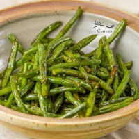 Air Fryer Roasted Green Beans