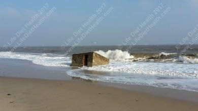 beach-hut-wm
