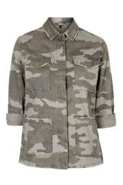 Authentic Camo Shackett, £45 Topshop