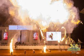 O Norte-americano Gene Fireball é sucesso no Brasil