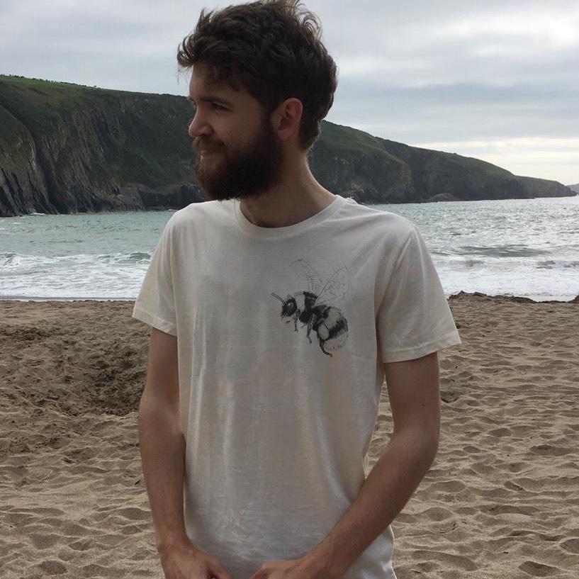 Pocket bumblebee T-shirt