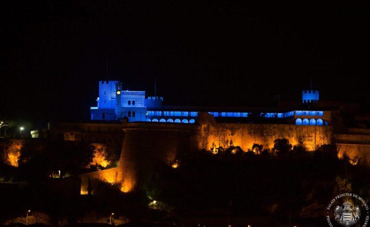 Монако, дворец Монако ночью, династия Гримальди