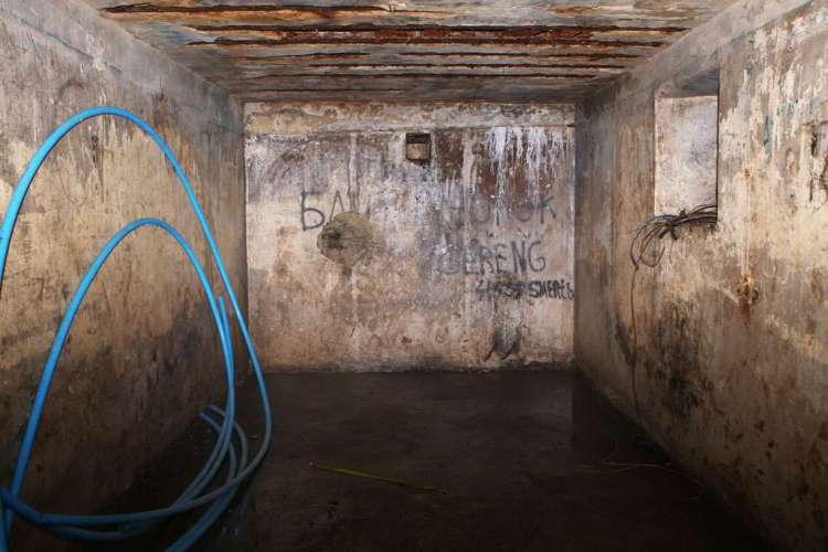 Подземелья в Украине, загадочный бункер, легенды, Ровно