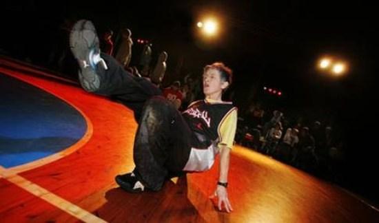 Крейзи бабушка, Monica Masuda, брейк-данс, Моника Масуда, самая старая танцовщица брейка в мире
