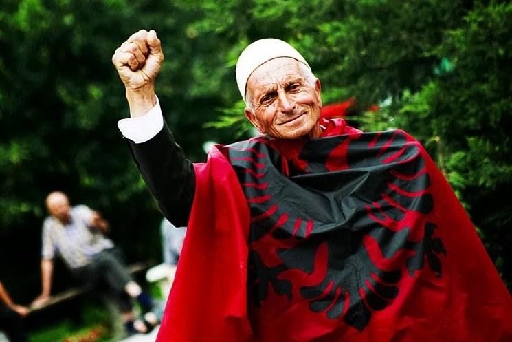 фишки дня, день независимости Албании