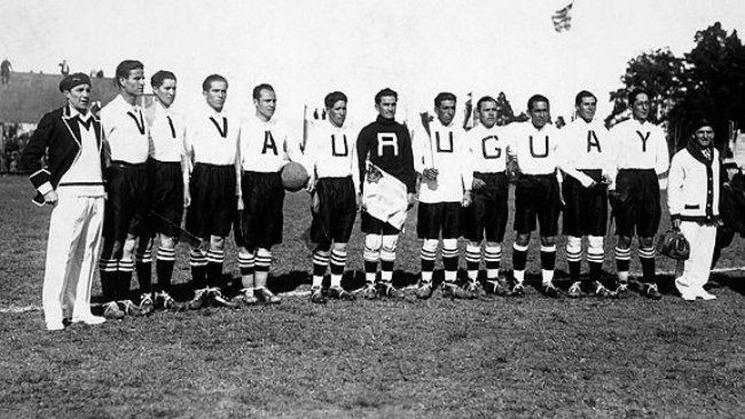 фишки дня - 10 декабря, первый Чемпионат мира по футболу, Всемирный день футбола