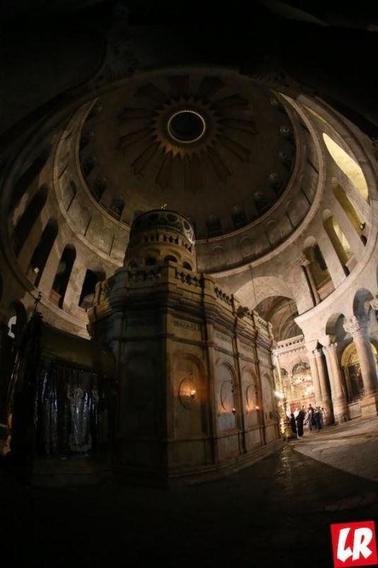 Пасха, Иерусалим, Крестный путь Христа, Храм Воскресения Христова в Иерусалиме, кувуклия, Гроб Господень