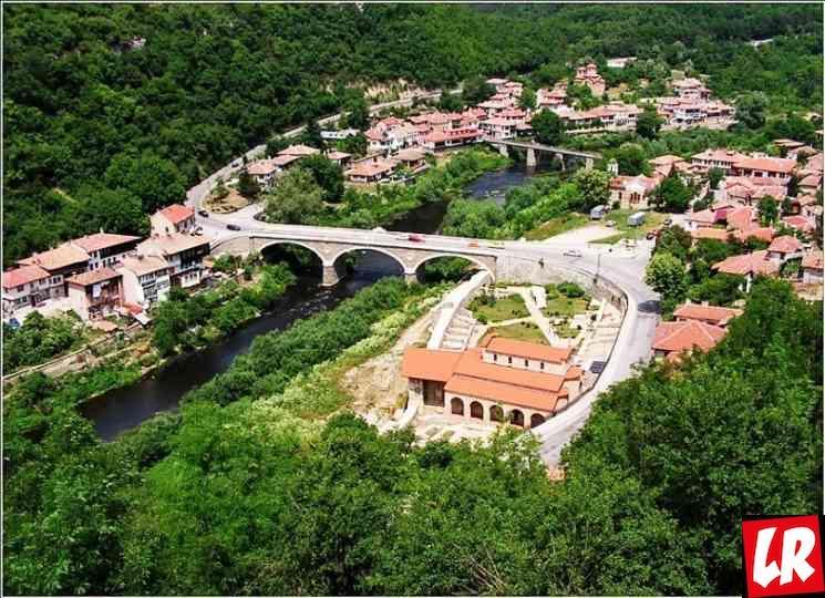 фишки дня - 16 апреля, Велико-Тырново, Первая Конституция Болгарии