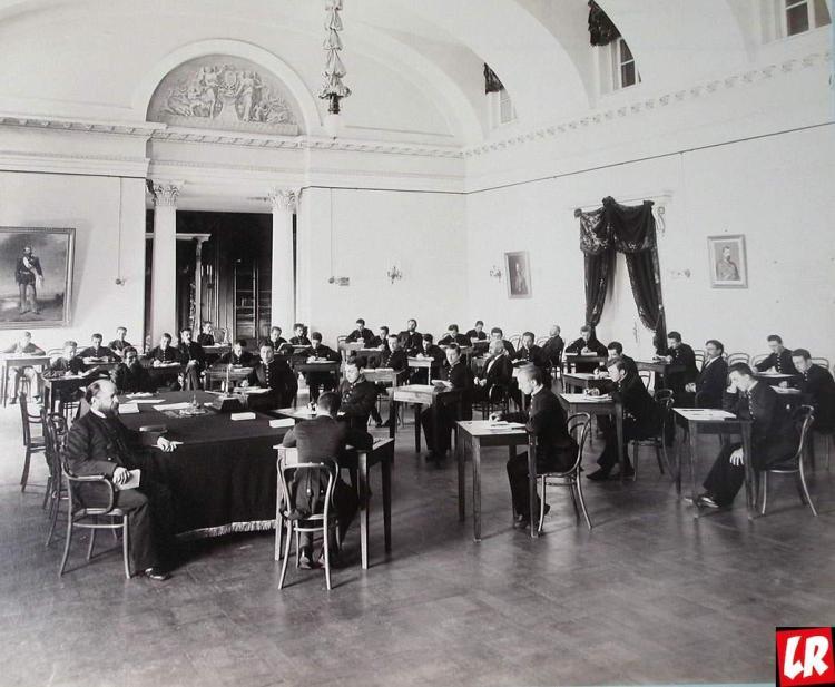 Киев, первая киевская гимназия, бибиковский бульвар
