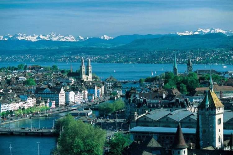 Швейцария, украинская диаспора в Швейцарии, Жизнь в Швейцарии, Цюрих