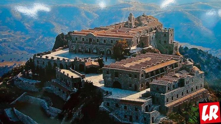фишки дня - 14 сентября, монастырь Ставровуни, монастырь Кипр